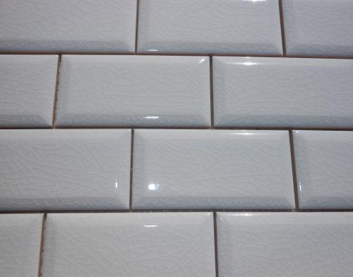 Adex 2 Quot X 4 Quot Hampton Beveled Crackle White Subway Tile